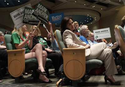 Deadlocked Minneapolis DFLers Go Home With No Mayoral Endorsement
