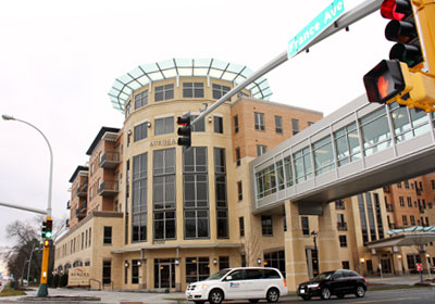 Edina's Aurora Building Provides Skyway-Connected Care