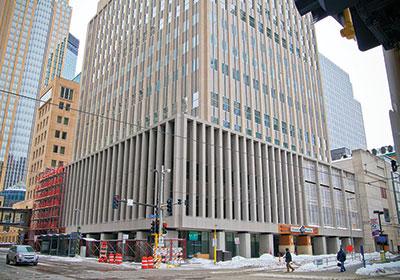 A Longtime Downtown Retail Survivor Faces A New Challenge