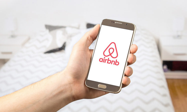 Twin Cities Airbnb Hosts to Earn $3.7M During Super Bowl Week