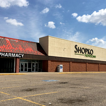 How Minnesota Towns Are Trying to Fill Their Empty Shopkos