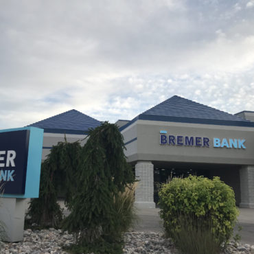 Bremer Bank Employee-Shareholders Sue Otto Bremer Trust Leaders