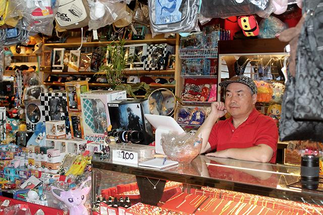 Immigrant Entrepreneurs' Biggest Challenge in MN? Attracting Native-Born Customers