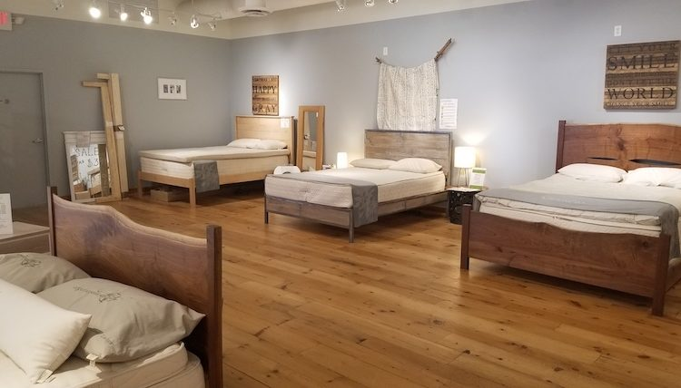 Eco-Retailer Moss Envy to Move, Focus on the Bedroom