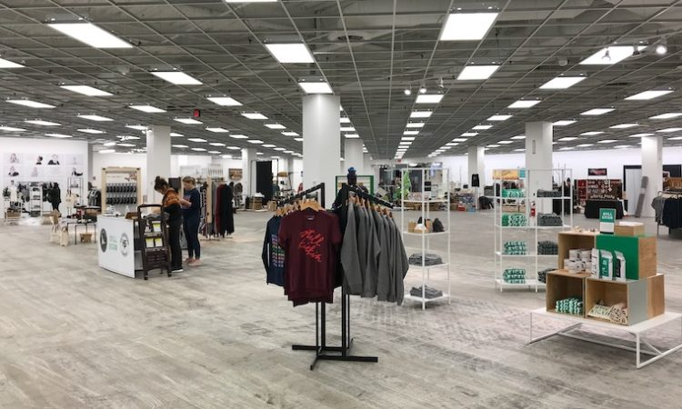 Local Shopping Returns to City Center for Holidays