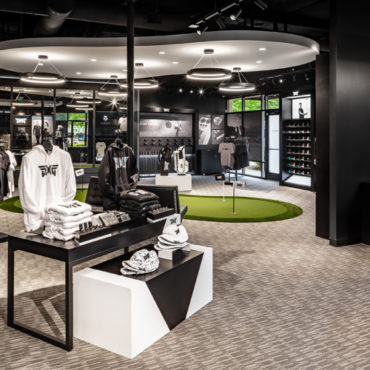 Southdale Center Tees Up for PXG Boutique Golf Store