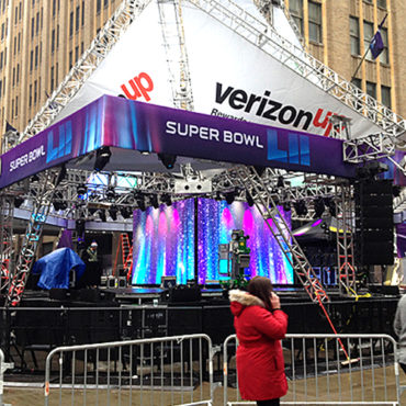 How to Make Sense of the NFL's Fanciful Super Bowl Economic Impact Numbers