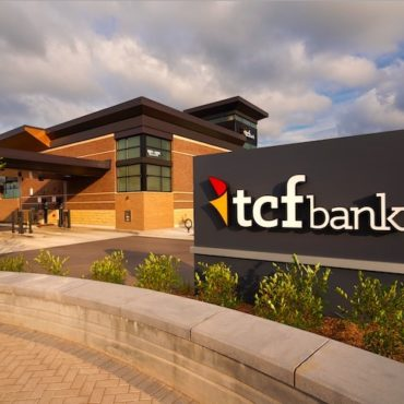 Huntington Bancshares Has 15% Fewer TCF Employees Than Before Merger
