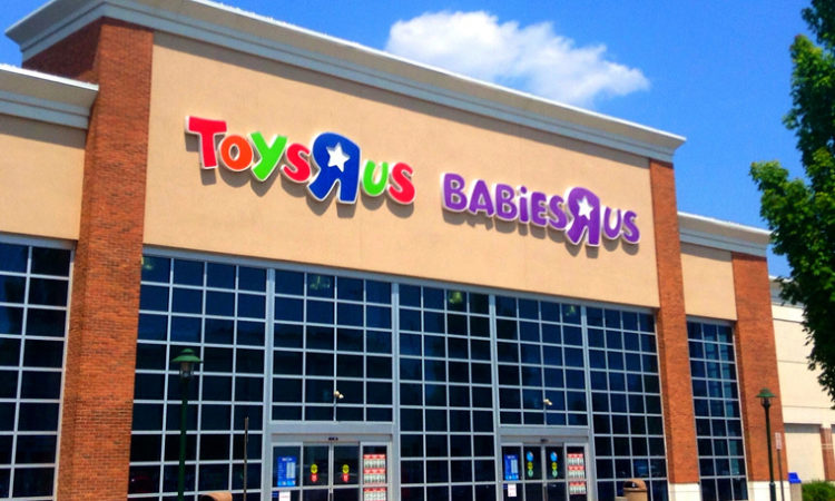 """Toys """"R"""" Us Plans to Close Shop, 33,000 Jobs Likely Impacted"""