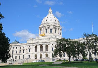 Biz Leaders, Lawmakers Like Dayton's Retreat on Taxes
