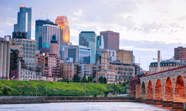 Minnesota Unemployment Falls in August