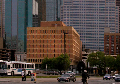 Mpls. Holds Public Hearing Over City-Owned Utility