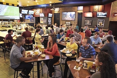 Buffalo Wild Wings Replaces Ad Agency
