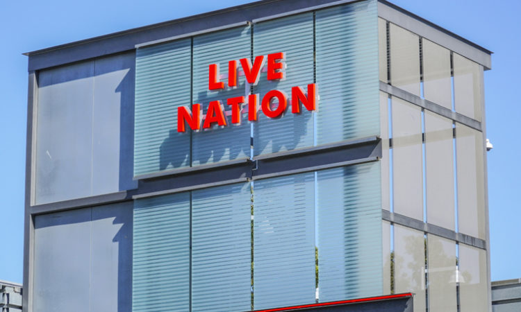 Klobuchar Calls for Investigation into Ticketmaster-Live Nation