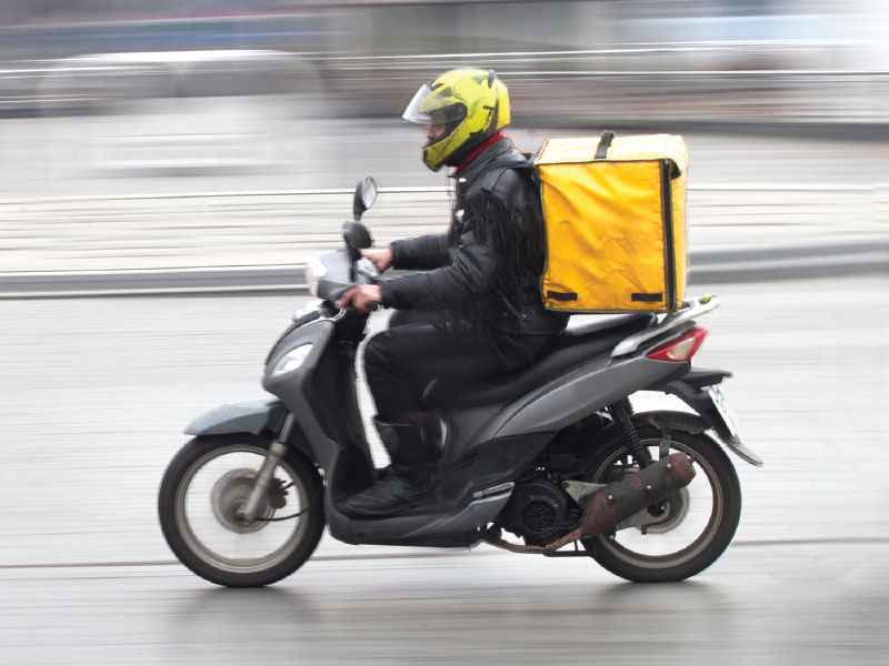 Restaurants Struggle with Delivery Fees During Pandemic