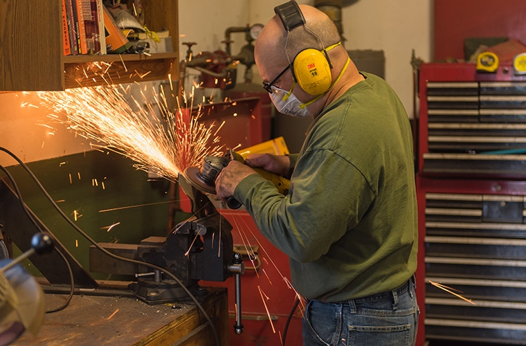 Survey: Most Minnesota Manufacturers Expect More Than Six Months for Return to 'Normal'