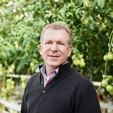 Bushel Boy President on Labor Shortage and the Future of Indoor Farming