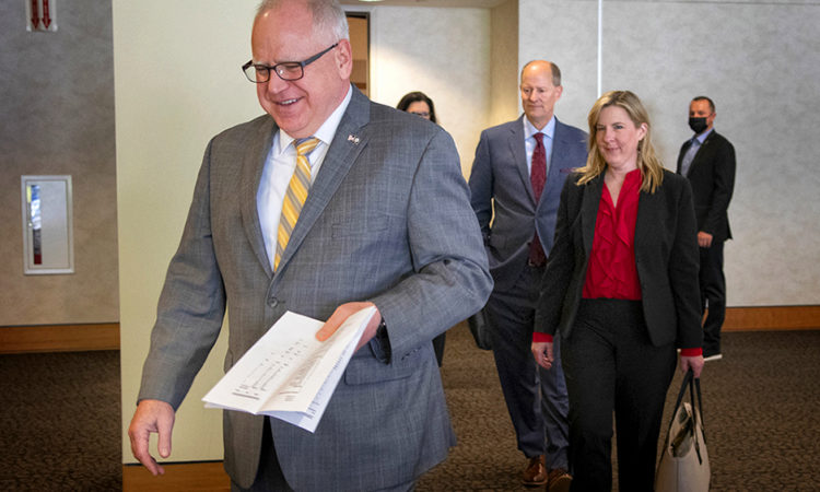Minnesota Lawmakers to Hammer Out Details of $52B State Budget