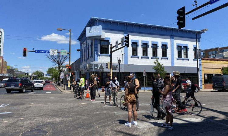 As Police and Protesters Stand Off, Uptown Businesses Struggle