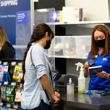 Consumer Demand for Tech Boosts Best Buy Earnings