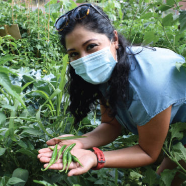Hybrid Volunteering Provides New Opportunity