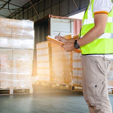 Smart strategies for buying and storing packaging